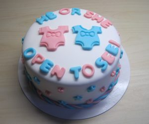 Gender reveal taart