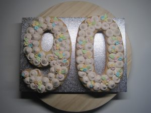 Cookie cake ~ 90